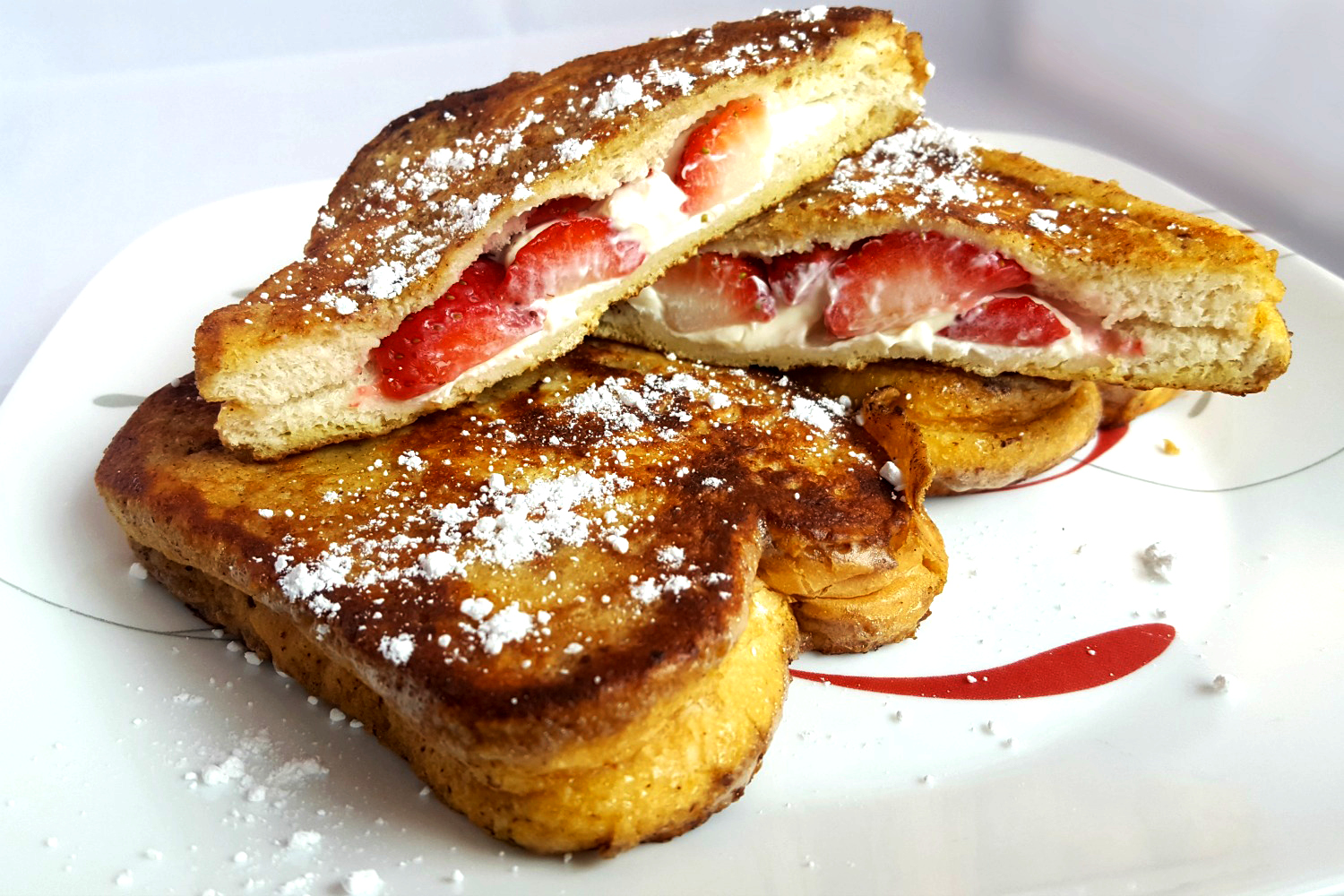 Stawberry Cream Cheese Stuffed French Toast